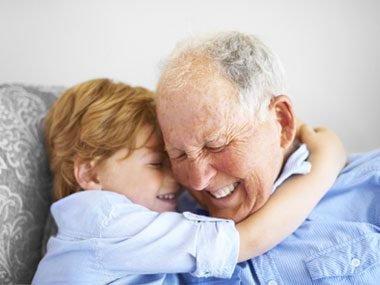 8 Amazing Ways Being a Grandparent Does Wonders for Your Health