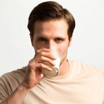 7 Lactose Intolerance Symptoms You Shouldn't Ignore