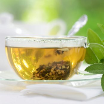 Sore Throat Remedies: 12 Natural Gargles That May Ease the Pain
