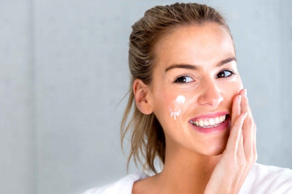 Makeup for Dry Skin: Mistakes That Make Skin Look Dry | The Healthy