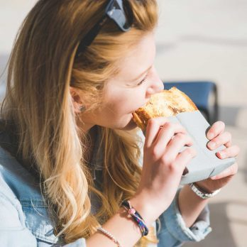 Sorry, Low-Carb Dieters! Here Are 7 Science-Backed Reasons You Should Eat More Bread