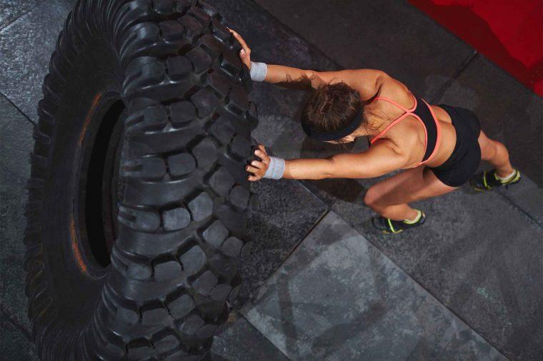 woman doing cross-fit