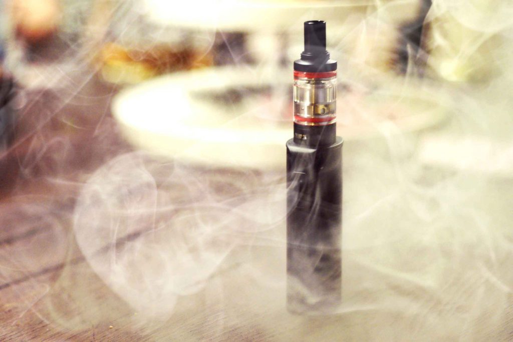 E-cigarette battery