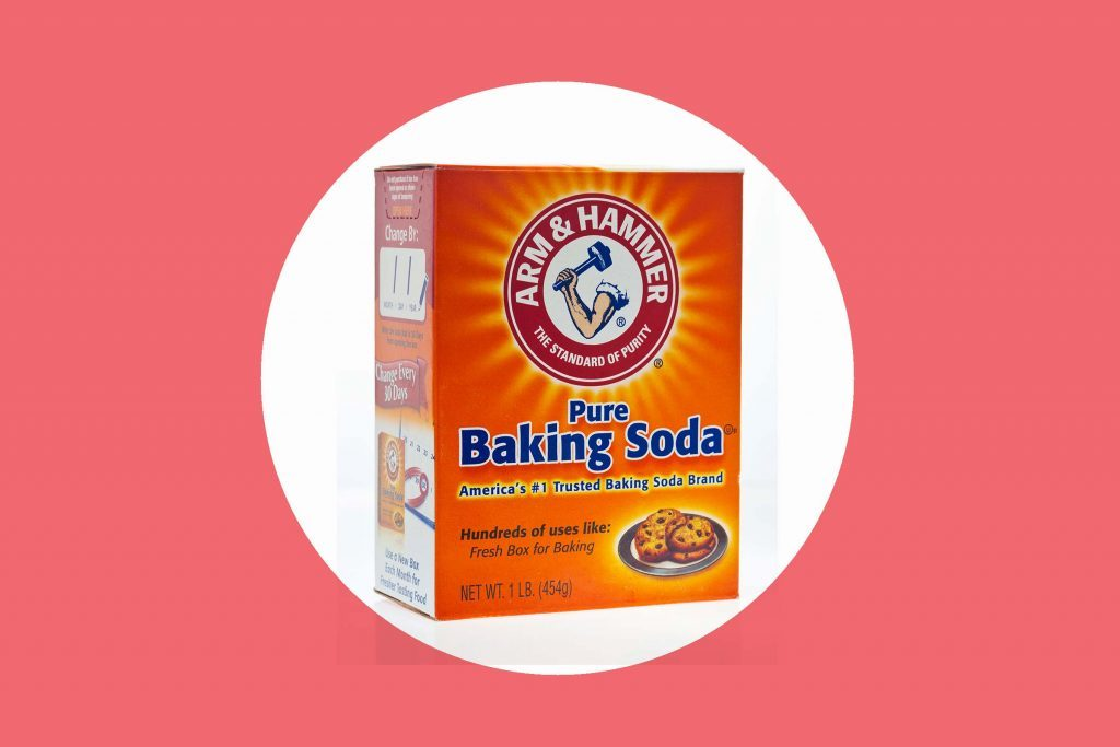 box of Arm & Hammer baking soda