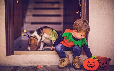 15 Trick-or-Treating Safety Tips Parents Need to Know