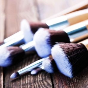 01-dirty-makeup-tools