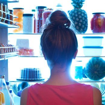 Dieters, Here Is Your Game Plan to Stop Late-Night Eating Once and For All