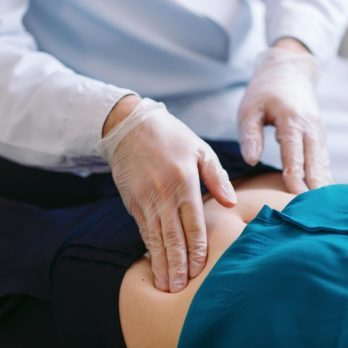 7 Gout Symptoms and Risk Factors You Should Know