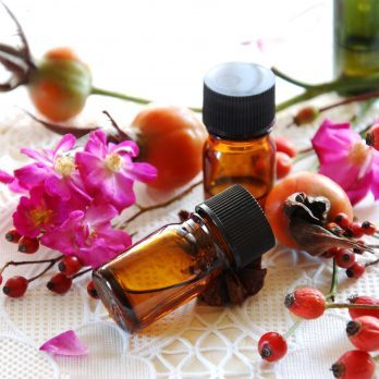 10 Healing Facial Oils Your Skin Needs this Fall And Winter