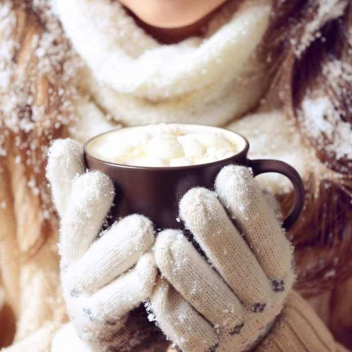 9 Tips to Keep Your Hands Soft This Winter