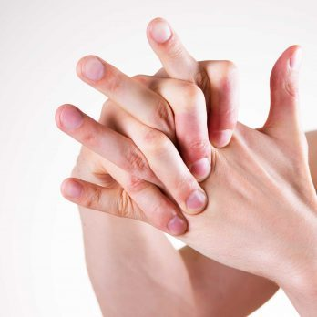 Does Cracking Your Knuckles Cause Arthritis?