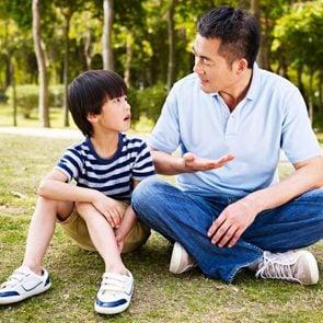 top_10_tips_raising_empathetic_child_others_feel