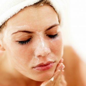 No Time to Shower? Then You Need These 8 Genius Morning Hacks