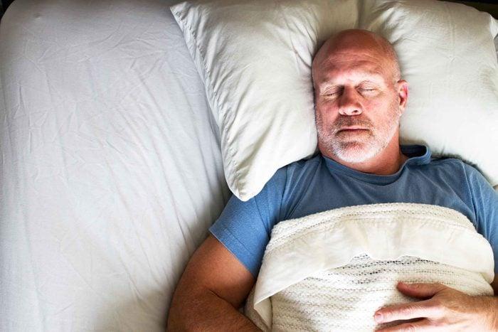 ways_not_getting_enough_sleep_makes_look_older_skin_cells