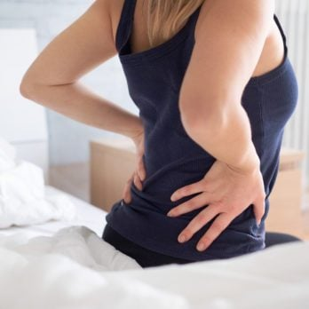 Are You A Back Cracker? These 8 Feel-Good Moves Actually Hurt Your Body
