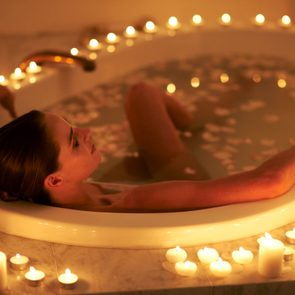 Here's Why A Grown-Up Bath Is The Stress-Melter You Need Right Now