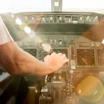 The Surprising Condition Many Commercial Airline Pilots Have in Common