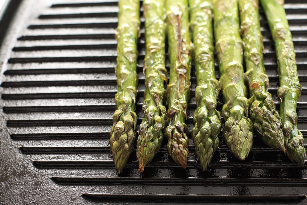 asparagus tips on a grill