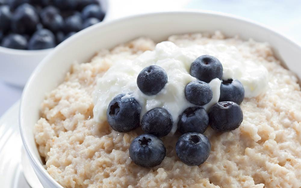 8 Incredible Health Reasons You Need to Add Blueberries to Your Cereal