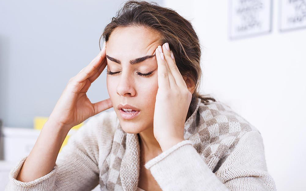 15 Signs Your Headache Could Be Something More Serious
