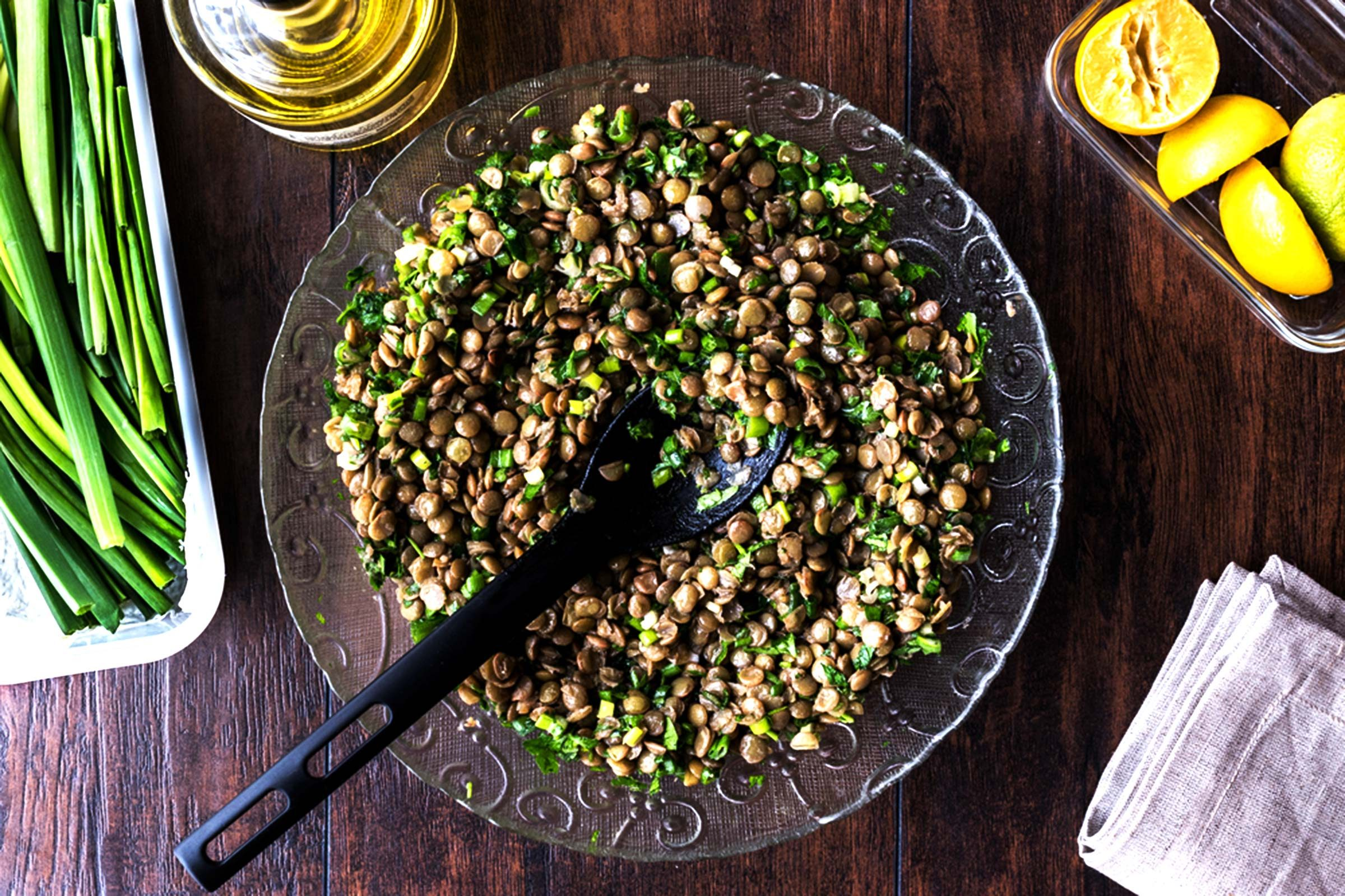 Lentil and green onion dish.