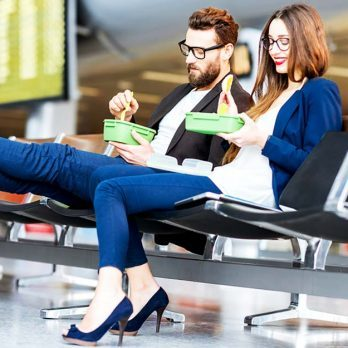 11 Nutritionist-Approved Tips on What to Eat (and What to Avoid) at the Airport