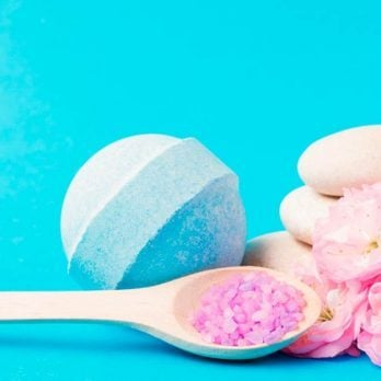 The 6 Best Bath Bomb Recipes for Every Mood