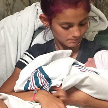 This 12-Year-Old Wanted to Watch Her Brother's Birth, But Instead She Got the Surprise of a Lifetime