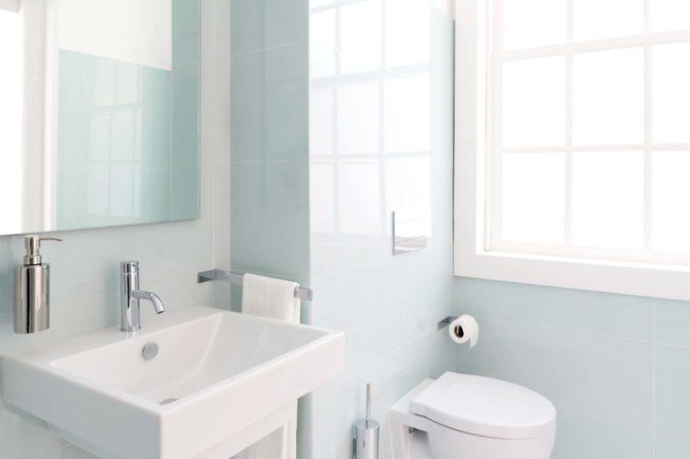 A bright, clean bathroom.
