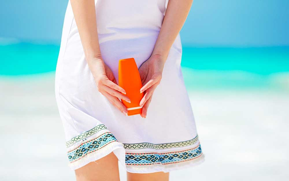 7 Critical Spots Dermatologists Wish You'd Remember to Apply Sunscreen