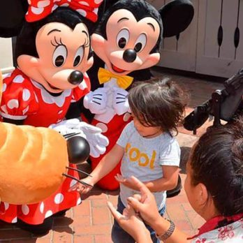 Disney Characters Surprising a Deaf Little Boy in Sign Language Will Melt Your Heart