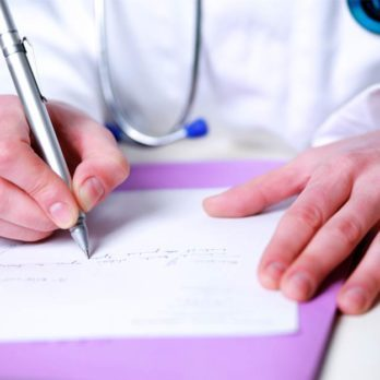 This is Why Most Doctors Have Sloppy Handwriting