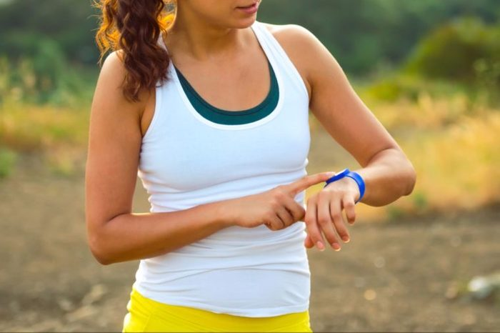 29-fitness tracker-Simple Things You Can Do Daily to Boost Your Bones_294311255-Yulia Grigoryeva