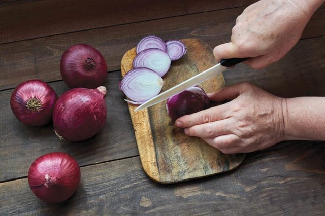 This-Is-the-Real-Reason-Onions-Always-Make-You-Cry