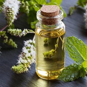 7 Essential Oils That'll Amp Up Your Energy Levels