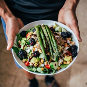 7 Things Doctors and Nutritionists Wish You Knew About the Warrior Diet