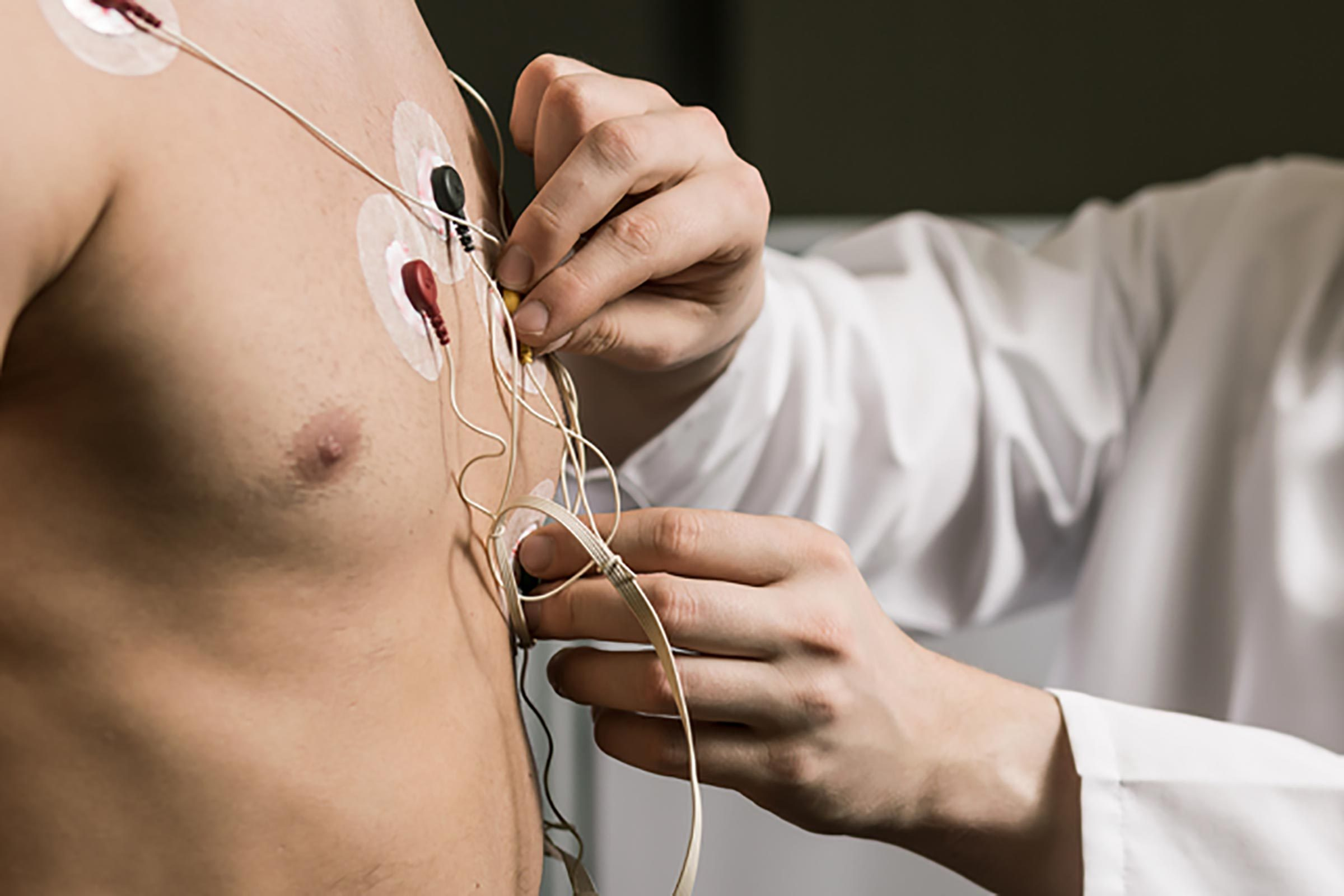 wires on chest for heart test