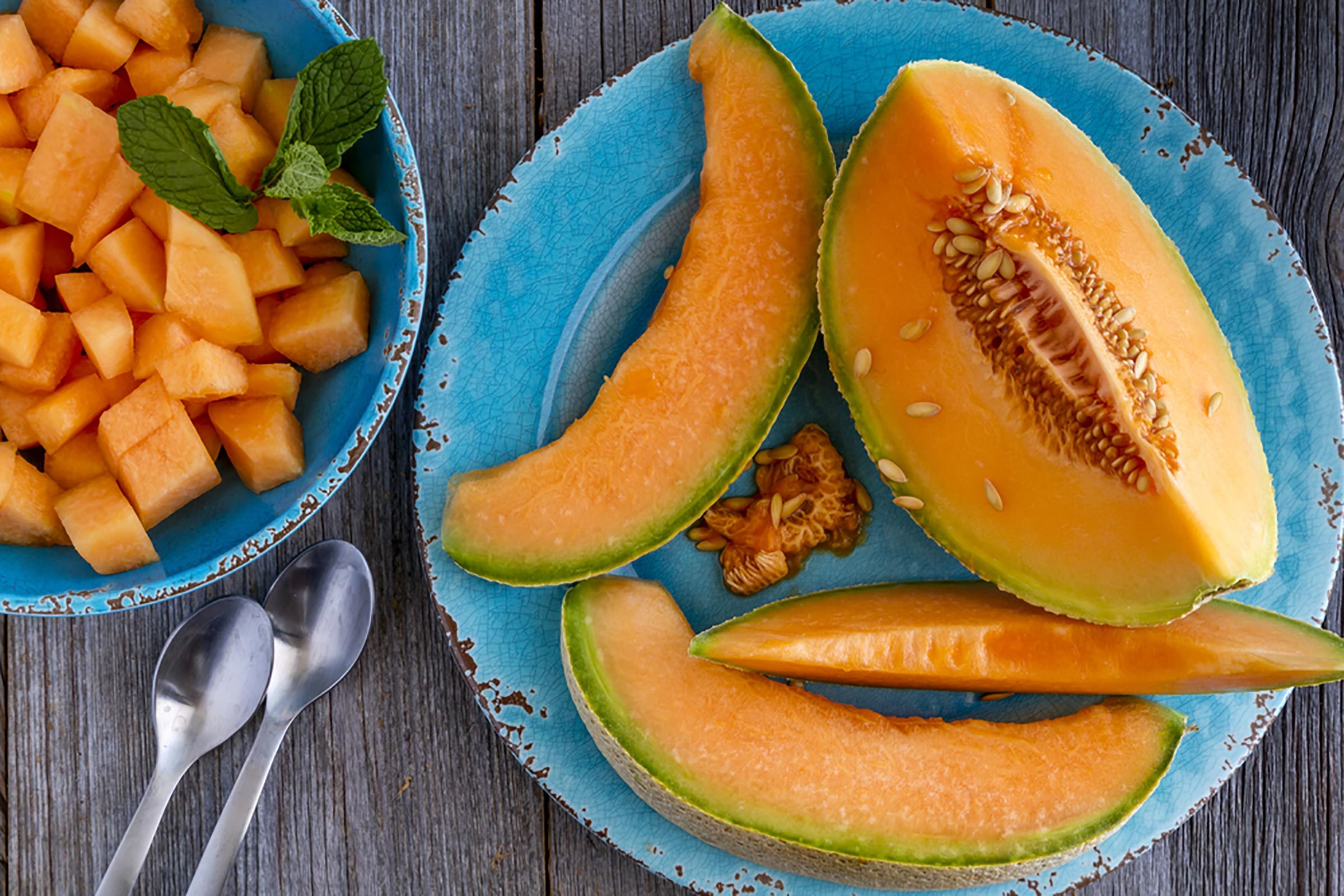 Cantaloupe Healthy : The humble cantaloupe may not get as much respect as other fruits, but it should.