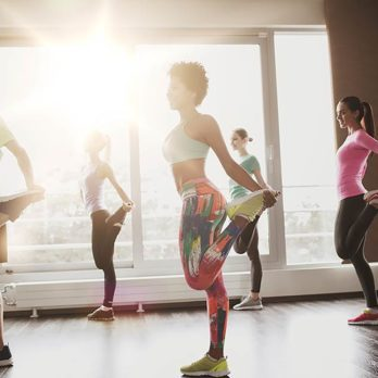 The Scientific Reason Why Group Exercise Is Waaaay Better for You