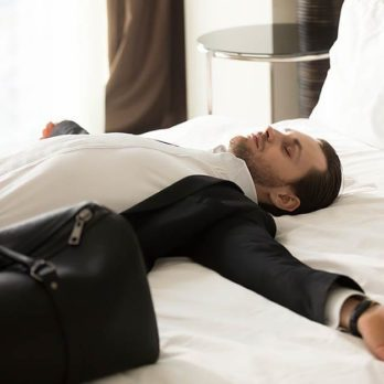 "This Is the Scientific Reason Why You Get a ""Dead Arm"" When You Sleep"