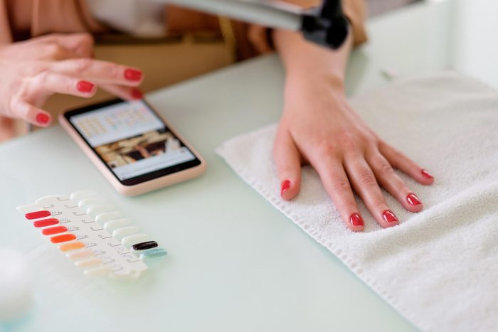 10 Things Dermatologists Refuse to Use on Their Hands