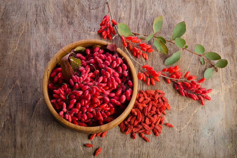 Goji Berries Health Benefits You Didn T Know About The Healthy