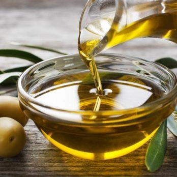 21 Amazing Health and Beauty Benefits of Olive Oil