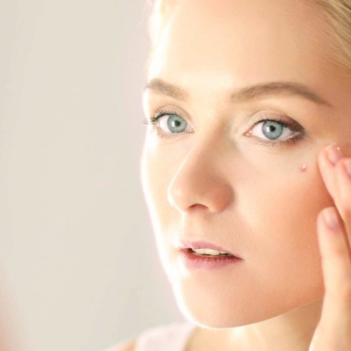 This Is What Causes Whiteheads—and How to Treat Them