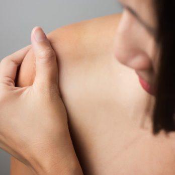 14 Arthritis Symptoms You're Probably Ignoring
