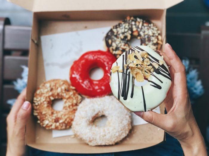 donut and donut box