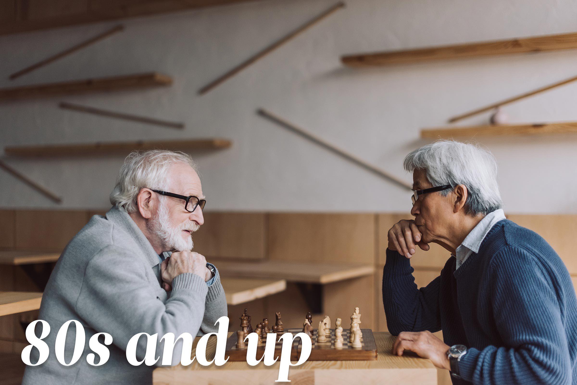 mature men play chess