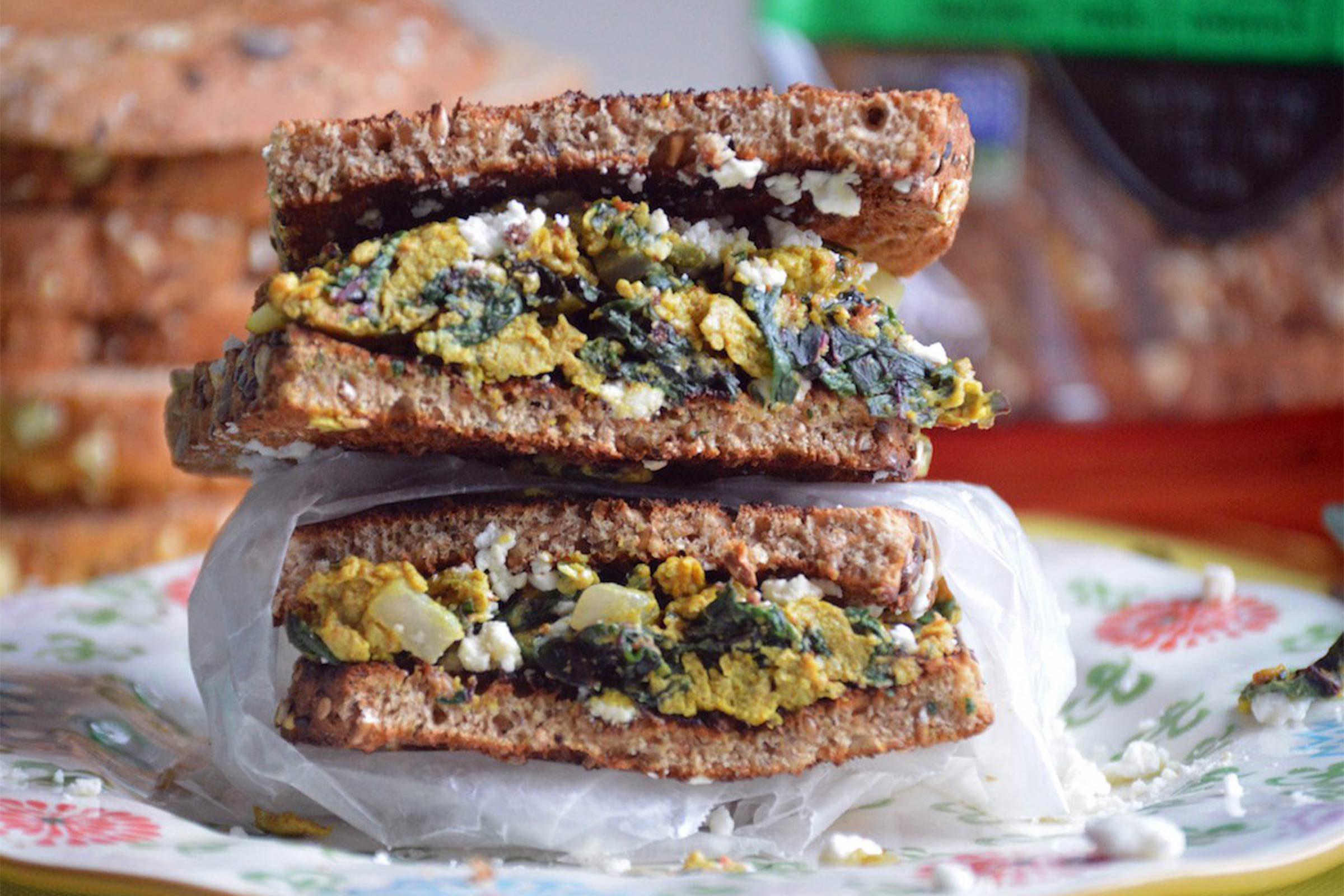turmeric egg sandwich