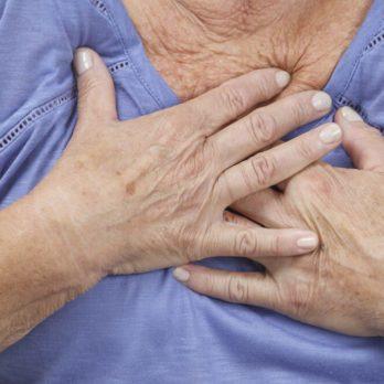 15 Stroke Symptoms in Women We're Likely to Ignore