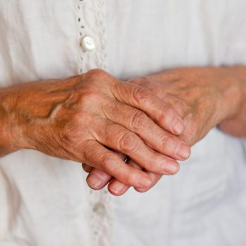 12 Everyday Habits That Reduce Your Risk of Arthritis Symptoms